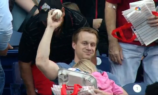 Phillies-fan-hot-dog-child