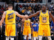 INDIANAPOLIS, IN - DECEMBER 8: Draymond Green #23 and Stephen Curry #30 of the Golden State Warriors celebrate against the Indiana Pacers in the second half of the game at Bankers Life Fieldhouse on December 8, 2015 in Indianapolis, Indiana. The Warriors defeated the Pacers 131-123 to move to 23-0 on the season. NOTE TO USER: User expressly acknowledges and agrees that, by downloading and or using the photograph, User is consenting to the terms and conditions of the Getty Images License Agreement. (Photo by Joe Robbins/Getty Images)