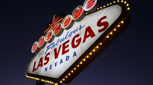 Las Vegas stadium backers eye two potential sites for Oakland Raiders