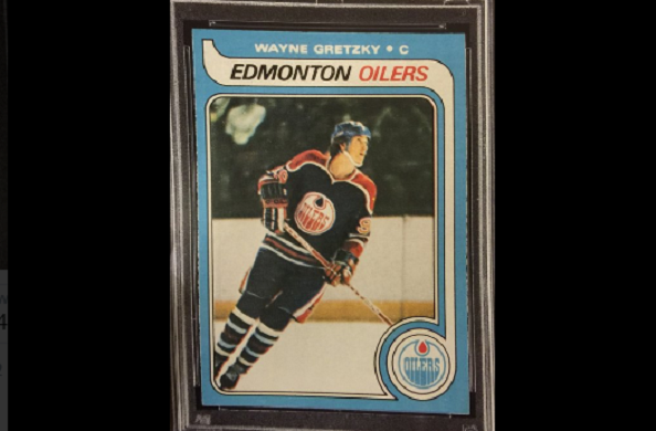 Wayne gretzky rookie card sells for record high 465 000