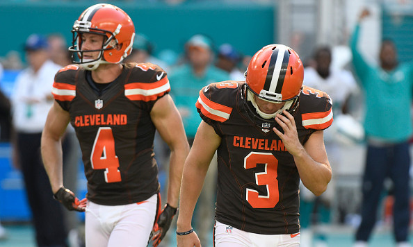 Browns sign Parkey to replace injured Murray