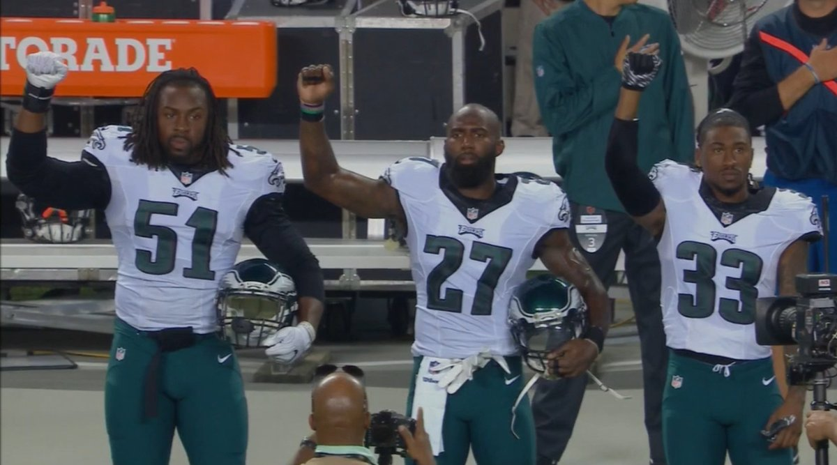Malcolm Jenkins leads Philadelphia Eagles in national anthem protest