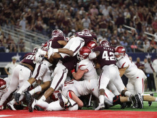 ARLINGTON, TX - SEPTEMBER 24:  The Texas A&M Aggies defense on the goal line against the Arkansas Razorbacks in the third quarter at AT&T Stadium on September 24, 2016 in Arlington, Texas.  (Photo by Ronald Martinez/Getty Images)