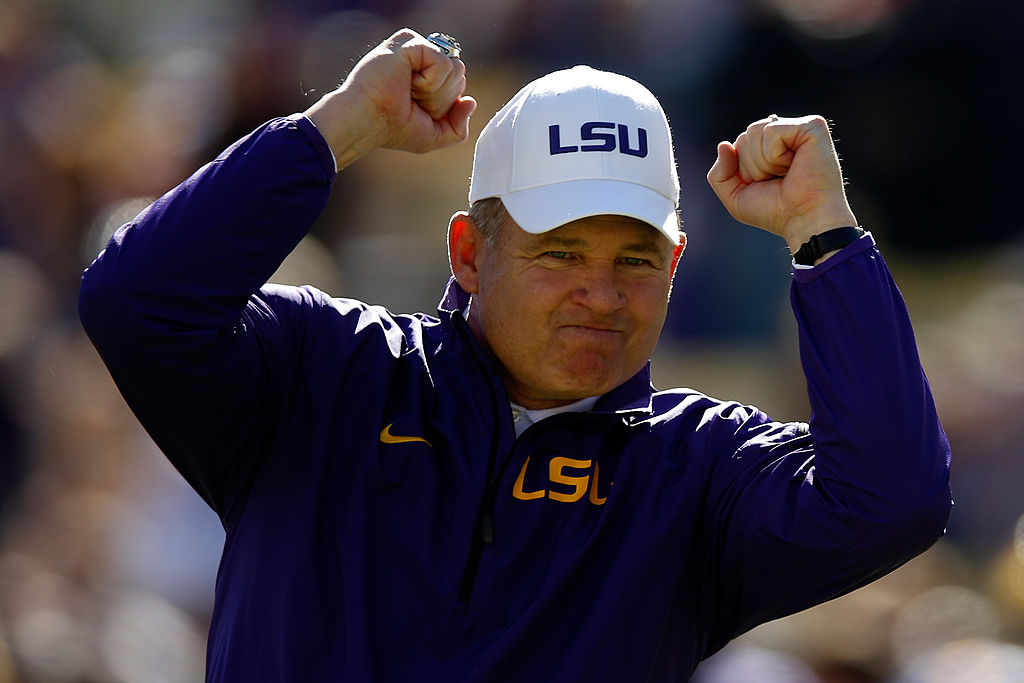 Tennessee coaching search: Phil Fulmer has reportedly reached out to Les Miles