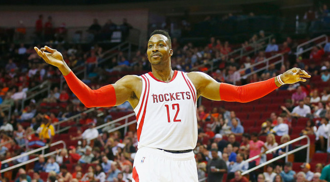 Rockets management reportedly worked to cut Dwight Howard's minutes
