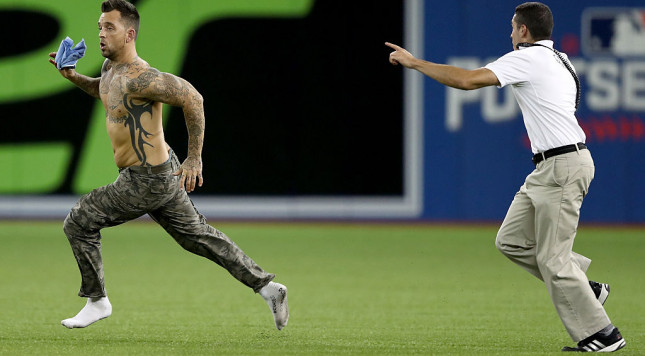 Indians defeat Blue Jays, advance to World Series