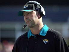 FOXBORO, MA - SEPTEMBER 27:  Gus Bradley of the Jacksonville Jaguars reacts  in the third quarter against the New England Patriots at Gillette Stadium on September 27, 2015 in Foxboro, Massachusetts. (Photo by Jim Rogash/Getty Images)