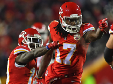 KANSAS CITY, MO - DECEMBER 08: Wide receivers Chris Conley #17 and Tyreek Hill #10 of the Kansas City Chiefs react after picking up a first down, against the Oakland Raiders during the first half on December 8, 2016 at Arrowhead Stadium in Kansas City, Missouri. (Photo by Peter G. Aiken/Getty Images)
