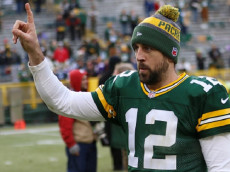 GREEN BAY, WI - DECEMBER 24: Green Bay Packers Quarterback Aaron Rodgers (12) acknowledges the crowd following the game between the Green Bay Packers and Minnesota Vikings on December 24, 2016, at Lambeau Field in Green Bay, WI. (Photo by Larry Radloff/Icon Sportswire via Getty Images)