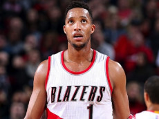 PORTLAND, OR - DECEMBER 28: Evan Turner #1 of the Portland Trail Blazers looks on during the game against the Sacramento Kings on December 28, 2016 at the Moda Center in Portland, Oregon. (Photo by Sam Forencich/NBAE via Getty Images)