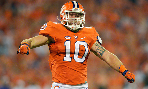 CLEMSON, SC - OCTOBER 01:  Ben Boulware #10 of the Clemson Tigers reacts after sacking Lamar Jackson #8 of the Louisville Cardinals (not pictured) during the second quarter at Memorial Stadium on October 1, 2016 in Clemson, South Carolina.  (Photo by Grant Halverson/Getty Images)