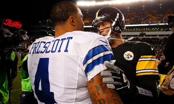 PITTSBURGH, PA - NOVEMBER 13:  Ben Roethlisberger #7 of the Pittsburgh Steelers shakes hands with Dak Prescott #4 of the Dallas Cowboys at the conclusion of the Dallas Cowboys 35-30 win over the Pittsburgh Steelers at Heinz Field on November 13, 2016 in Pittsburgh, Pennsylvania. (Photo by Justin K. Aller/Getty Images)