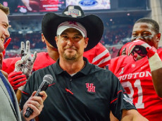 03 September, 2016: Houston Cougars head coach Tom Herman dons the cowboy hat presented to the winning team following the AdvoCare Texas Kickoff between the Oklahoma Sooners and Houston Cougars at NRG Stadium, Houston, Texas. (Photograph by Ken Murray/Icon Sportswire)