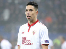 LYON, FRANCE - DECEMBER 7: Samir Nasri of Sevilla FC looks on during the UEFA Champions League match between Olympique Lyonnais (OL) and Sevilla FC at Parc OL on December 7, 2016 in Lyon, France. (Photo by Jean Catuffe/Getty Images)