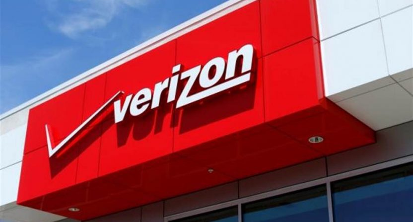 In face of competition, Verizon brings back unlimited data plan at $80