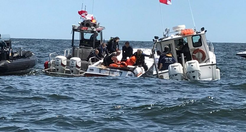 Man killed, 2 hurt when powerboats crash in offshore race