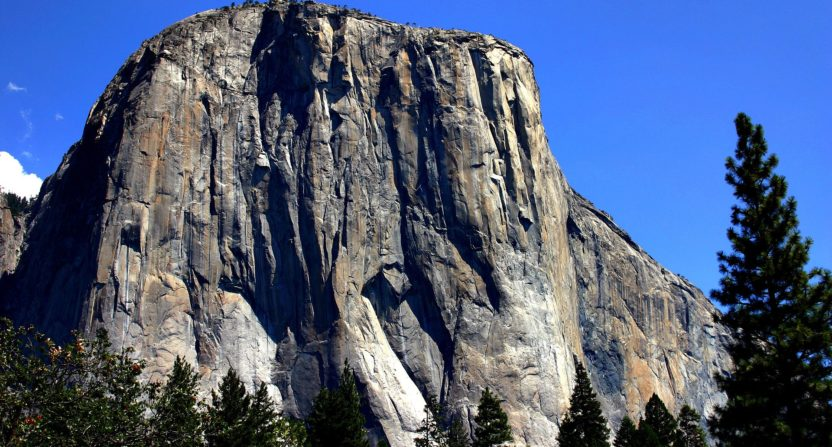 Climber Makes History Scaling Yosemite Peak Without Ropes