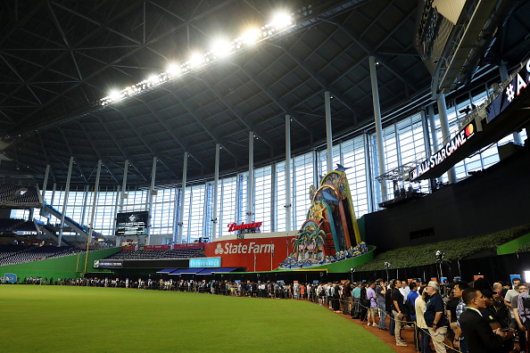 Michael Jordan part of group bidding to own Marlins