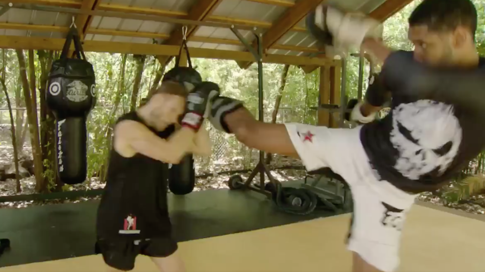 Tim Duncan Is Training In Muay Thai Kickboxing