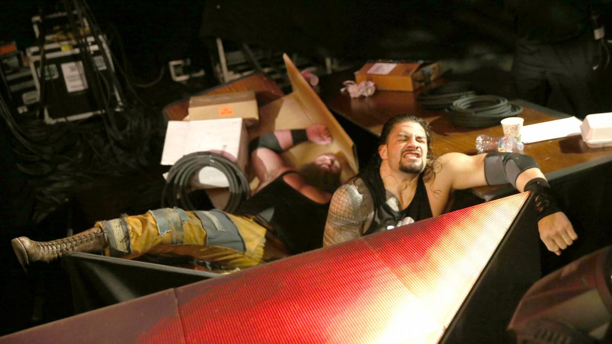 WWE Raw Reaction July 3: Reigns puts Strowman through a ...