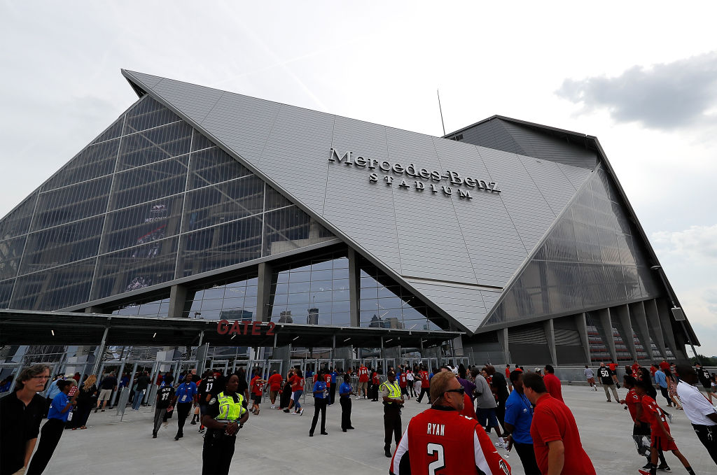 Fans felt trapped when trying to exit brand new mercedes for Hotel near mercedes benz stadium atlanta