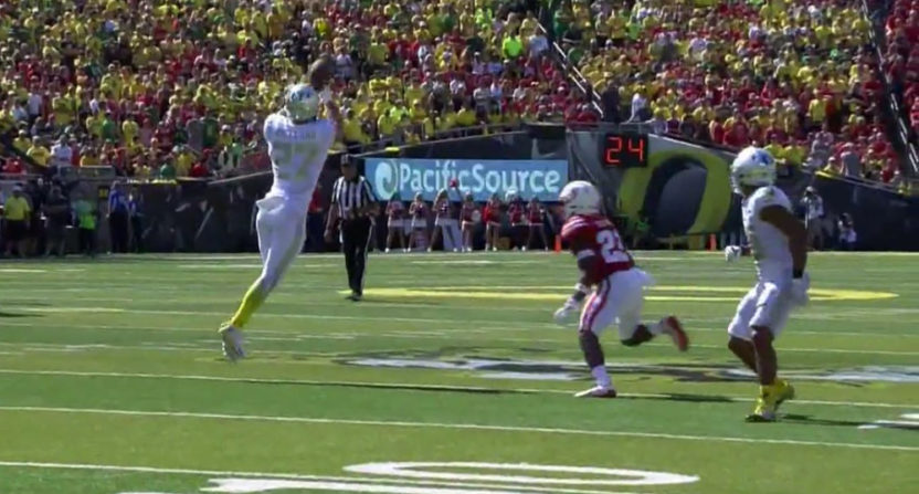This Oregon tip drill was part of their first-half success.