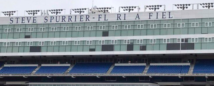 Florida stadium sign loses 'O' and 'D'