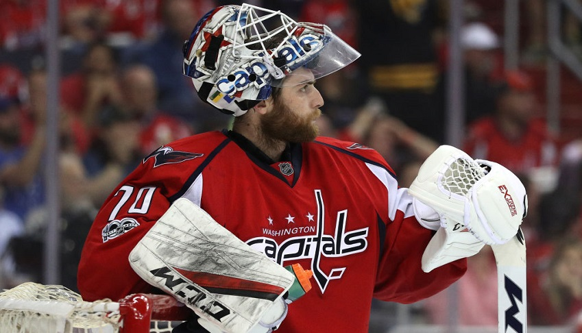 Holtby_caps