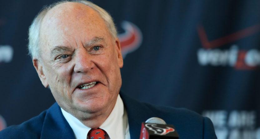 Owner of NFL's Texans sorry for 'inmates' comment on protesting players