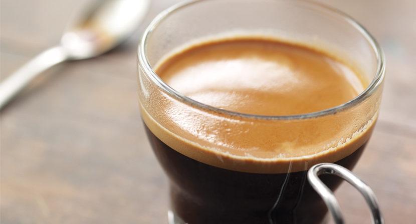 Starbucks debuts Blonde Espresso, social media weighs in
