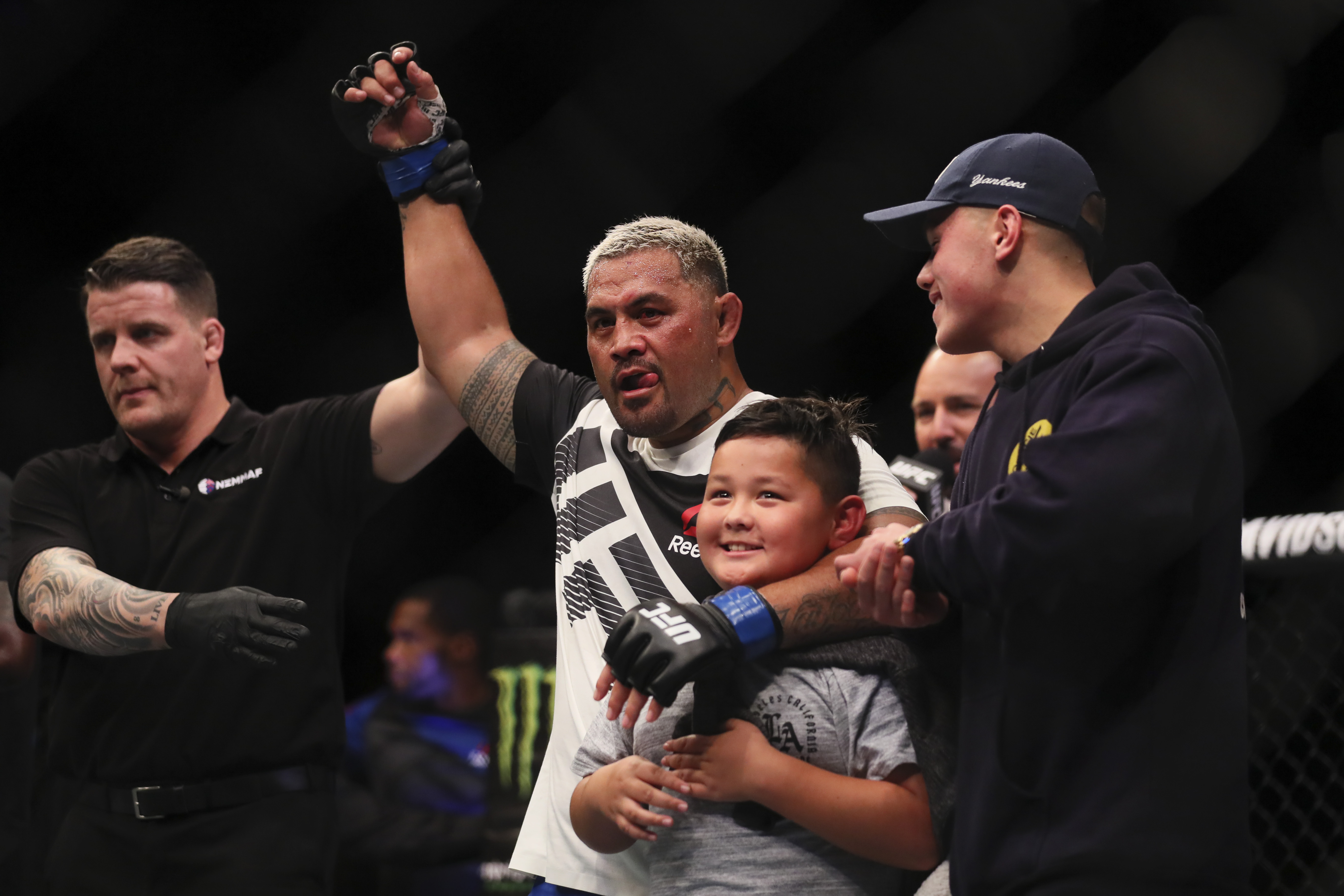 UFC 221 takeaways: Romero ices Rockhold, youngsters shine in Perth