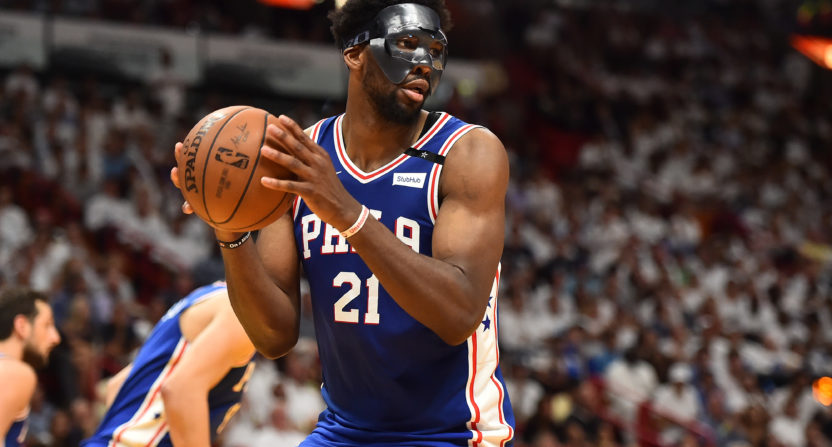 Justise Winslow gets $15K fine for stepping on Joel Embiid's mask