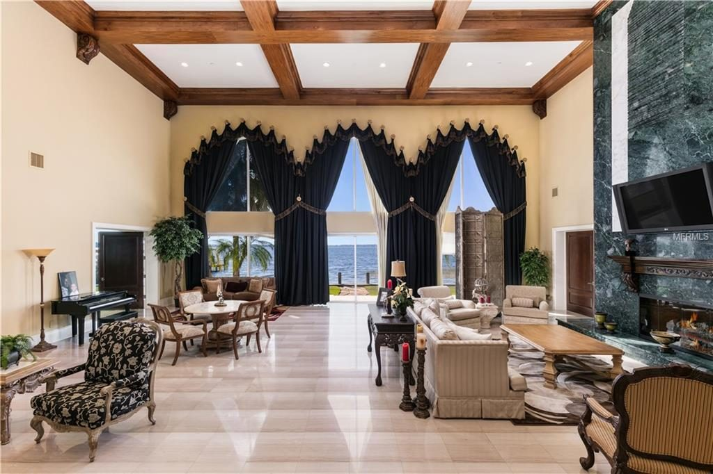 Shaq S Ridiculous Florida Mansion Can Be Yours For A Cool