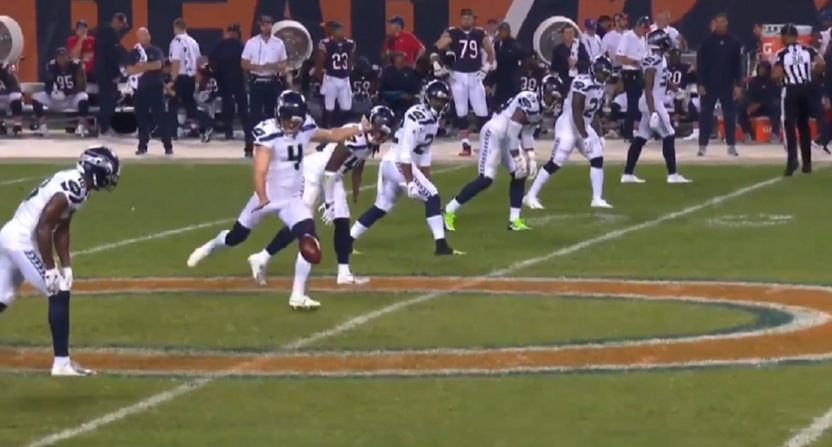 Chicago Bears' Defense Too Much For Seattle Seahawks On MNF: Twitter Reacts