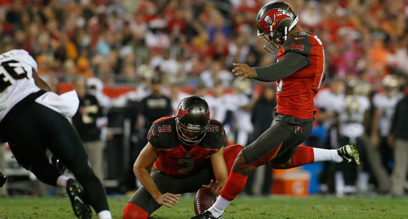 Watch The Exact Moment The Bucs Tell Kicker Roberto Aguayo He's Cut