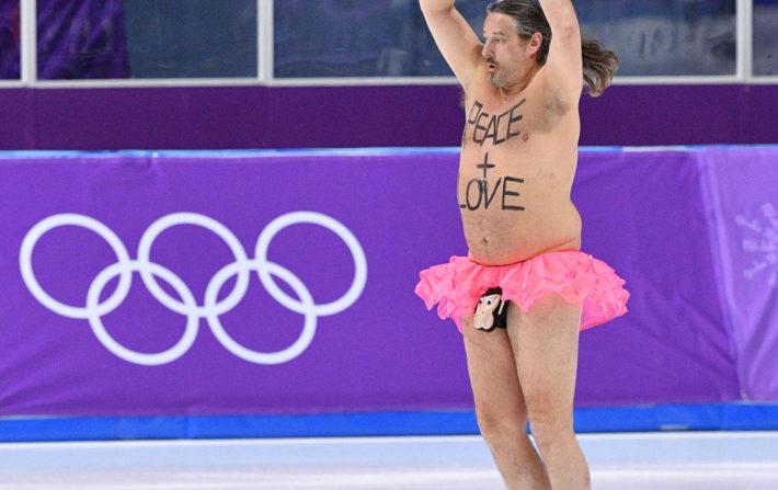 Olympics streaker just wants 'peace' and 'love'