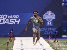 INDIANAPOLIS, IN - FEBRUARY 25: Former Georgia Southern defensive back Lavelle Westbrooks runs the 40-yard dash during the 2014 NFL Combine at Lucas Oil Stadium on February 25, 2014 in Indianapolis, Indiana. (Photo by Joe Robbins/Getty Images)