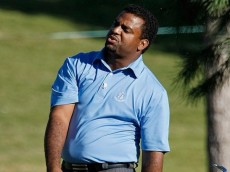 LAS VEGAS - OCTOBER 14:  Actor Alfonso Ribeiro throws his club down after hitting on the 9th fairway of the Justin Timberlake Shriners Hospitals for Children Open Championship Pro-Am at the TPC Summerlin October 14, 2009 in Las Vegas, Nevada.  (Photo by Ethan Miller/Getty Images)