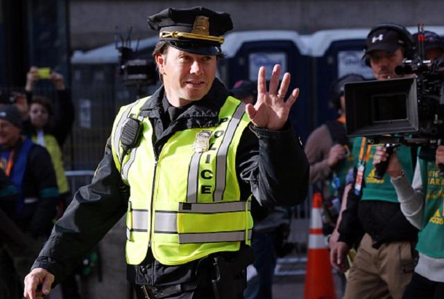 Kevin Bacon Joins Mark Wahlberg in Boston Marathon Bombing Movie 'Patriots  Day'