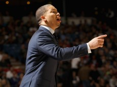 SACRAMENTO, CA - MARCH 09:  Head coach Tyronn Lue of the Cleveland Cavaliers stands on the court during their game against the Sacramento Kings at Sleep Train Arena on March 9, 2016 in Sacramento, California. NOTE TO USER: User expressly acknowledges and agrees that, by downloading and or using this photograph, User is consenting to the terms and conditions of the Getty Images License Agreement.  (Photo by Ezra Shaw/Getty Images)