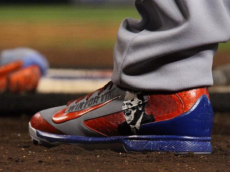 yasiel puig vin scully shoes