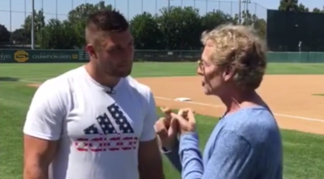 Meyer on Tim Tebow's baseball pursuit: 'Don't count him out'