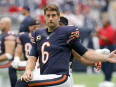 HOUSTON, TX - SEPTEMBER 11:  Jay Cutler #6 of the Chicago Bears stretches before playing against the Houston Texans at NRG Stadium on September 11, 2016 in Houston, Texas.  (Photo by Thomas B. Shea/Getty Images)