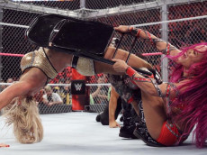 charlotte-sasha-banks-hell-in-a-cell-wwe