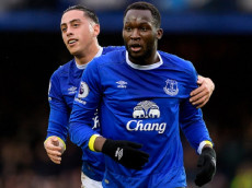 LIVERPOOL, ENGLAND - JANUARY 15:  Romelu Lukaku (L) celebrates his goal with Ramiro Funes Mori during the Barclays Premier League match between Everton and Manchester City at Goodison Park on January 15, 2017 in Liverpool, England.  (Photo by Tony McArdle/Everton FC via Getty Images)