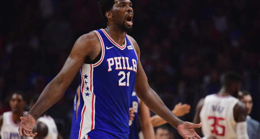 Warriors erase 24-point deficit to defeat the Sixers
