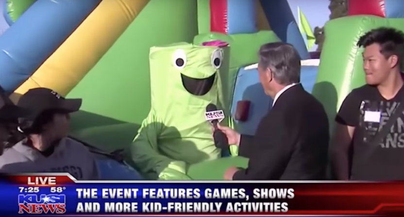 San Diego reporter Dave Scott interviews Mr. Wacky.