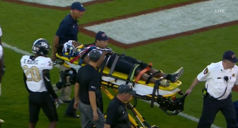 Alabama Transfer Aaron Robinson Stretchered Off Field After Opening Kickoff