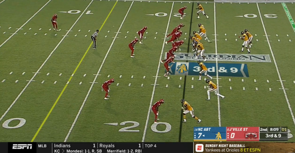 ESPN appears to have a new college football scorebug