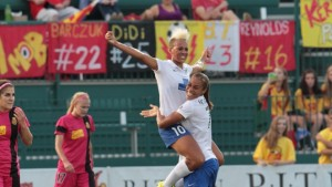 Lianne Sanderson celebrates vs WNYF, July 25, 2014. Photo by NWSL.